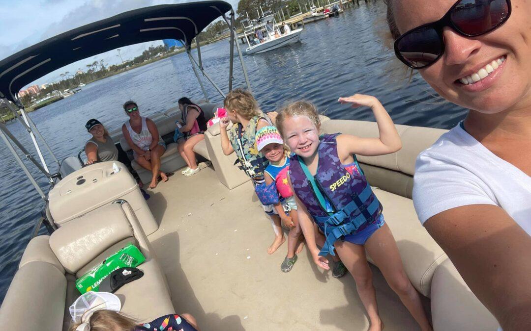 Megan & Family Enjoyed a Pontoon Boat Rental